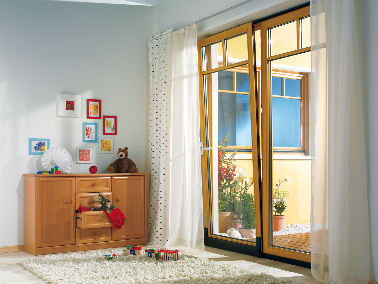 unilux fenster deutsch. Black Bedroom Furniture Sets. Home Design Ideas